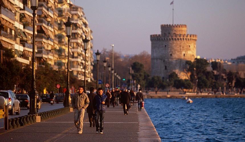 Туристам предлагают слетать в Грецию за 15 тысяч рублей