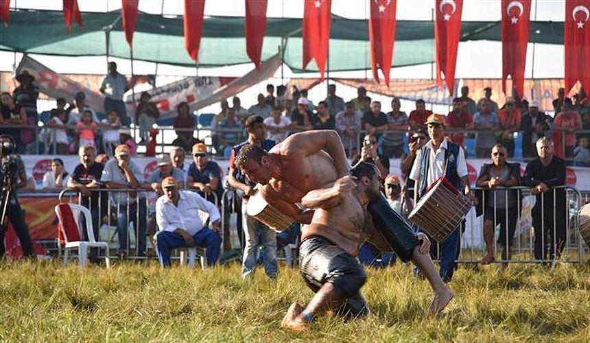 За попадание в топ туроператоров по Турции борются 13 компаний