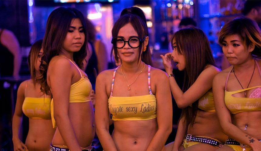 В Таиланде планируют возвращать туристов за счет концепции SEXY