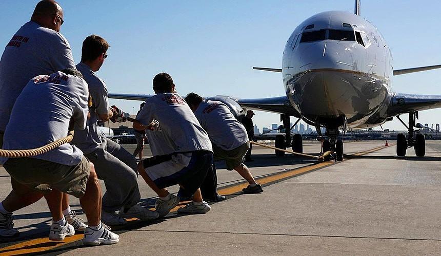 Авиапассажир не может подобрать альтернативу отмененному «ковидному» рейсу