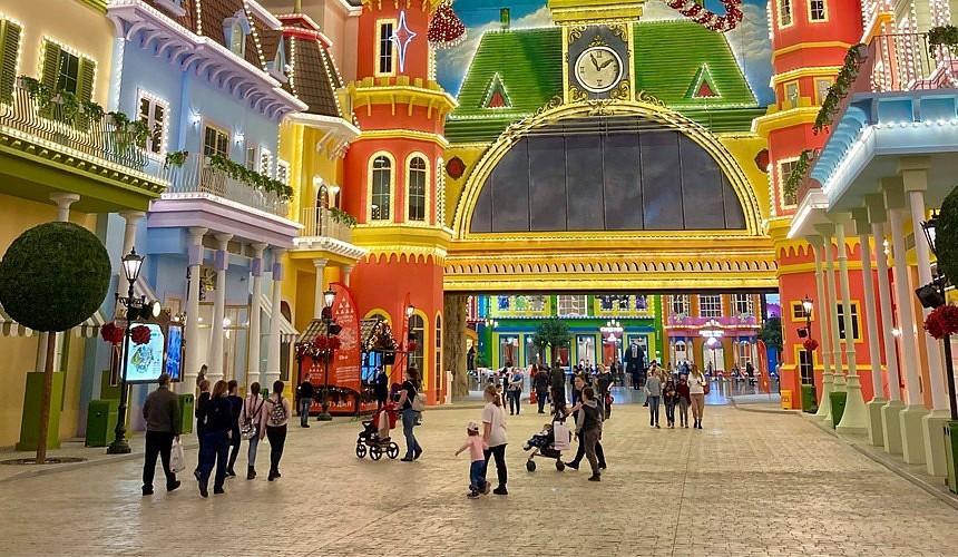 «Дешевле в Сочи Парк слетать». Цены в московском Диснейленде шокировали туристов