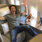 Авиакомпания разрешила не носить маски лежащим пассажирам