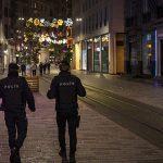 В Турции снова вводят комендантский час в выходные дни