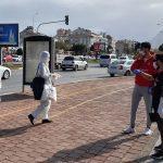 В Турции усиливается контроль за ношением масок и соблюдением социальной дистанции