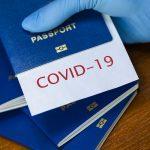 Опрос: россияне положительно относятся к введению ковидных паспортов