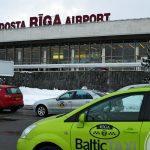 Латвия возобновляет авиасообщение с РФ