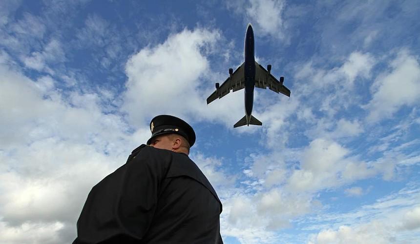 Российские авиакомпании продолжают терять пассажиров