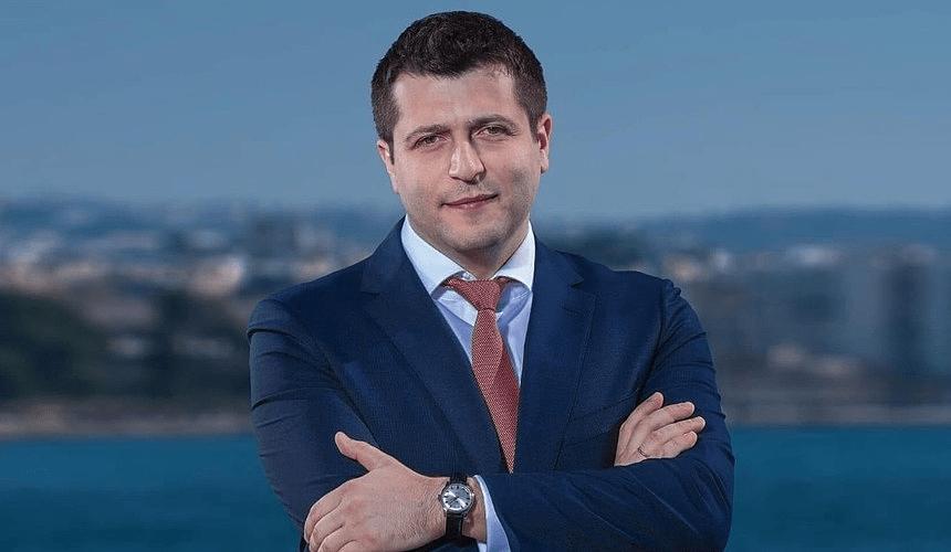 Администрация Mouzenidis Group объявила имя нового президента