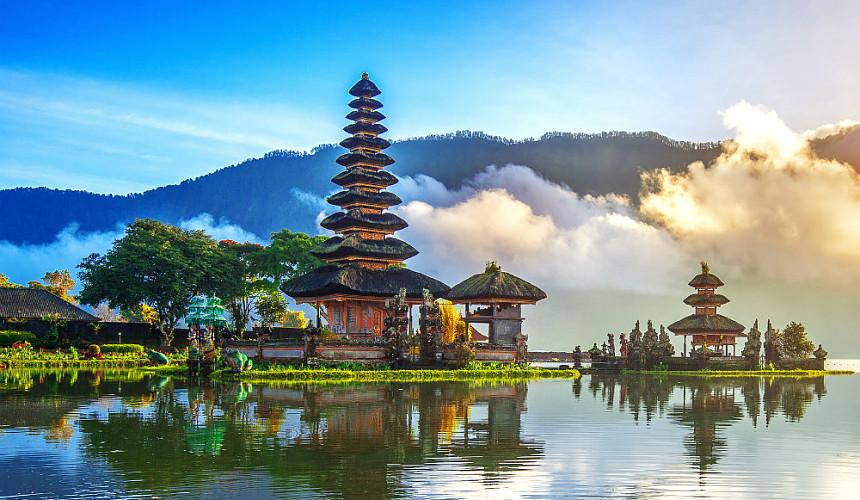 Бали может открыться для иностранных туристов уже в июне