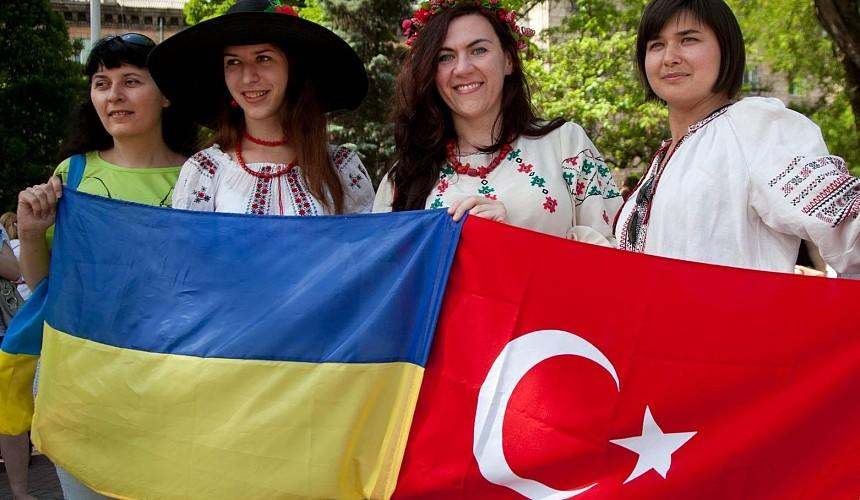 Пока российских туристов не пускают в Турцию, Украина собирается увеличить количество чартерных рейсов на направление
