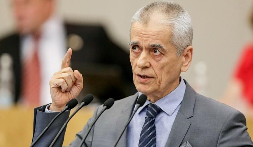 Онищенко призвал отменить полеты в Турцию до сентября