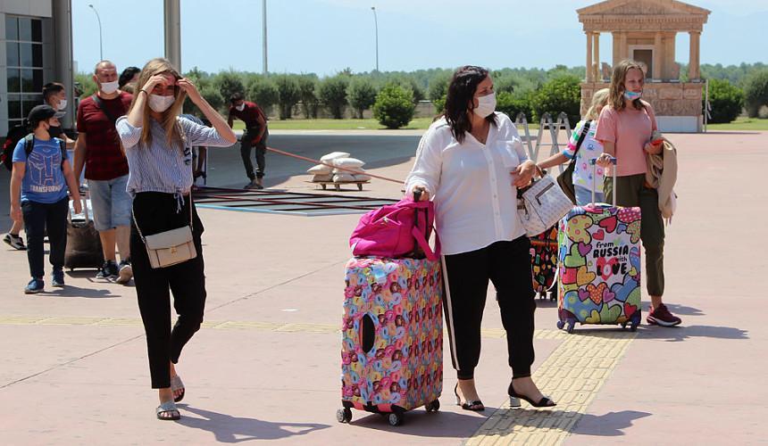 Авиакомпании вернули из Турции и Танзании более 40 тысяч туристов