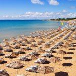 В Болгарии подтвердили, что пустят российских туристов с тестами, прививками или антителами