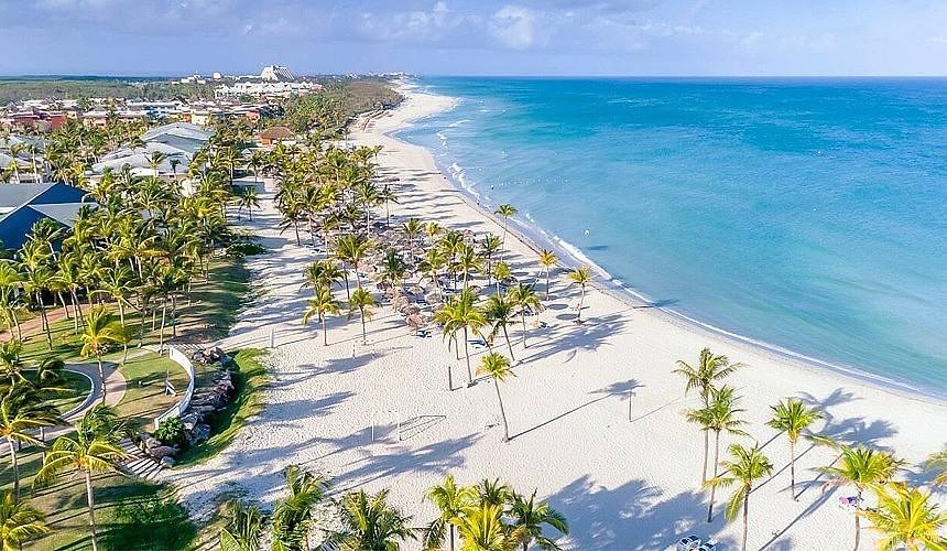 На кубинском курорте Варадеро на туристов наденут браслеты