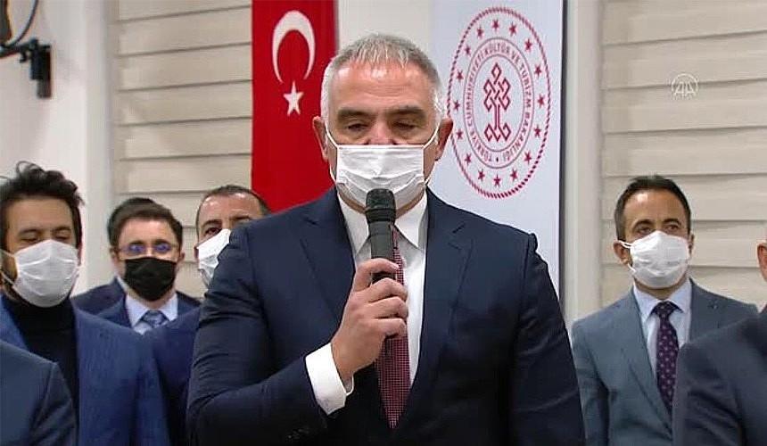 Турция начала масштабную вакцинацию сотрудников в сфере туризма