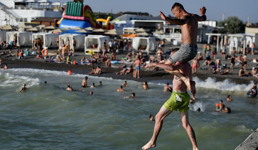 Туристам за выбор российских курортов вместо зарубежных предложили продлить отпуск