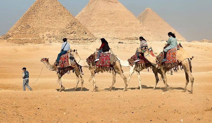 Два крупных туроператора открыли продажи туров в Египет через Каир