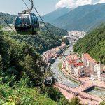 Туристы раскупают номера в горных отелях Сочи