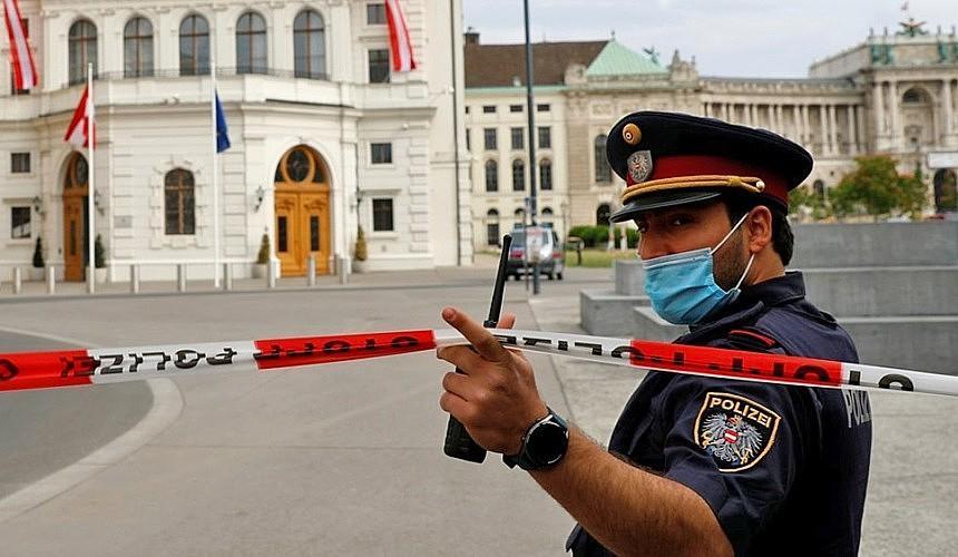Посол: наладить регулярное авиасообщение с Австрией Россия сможет уже к октябрю