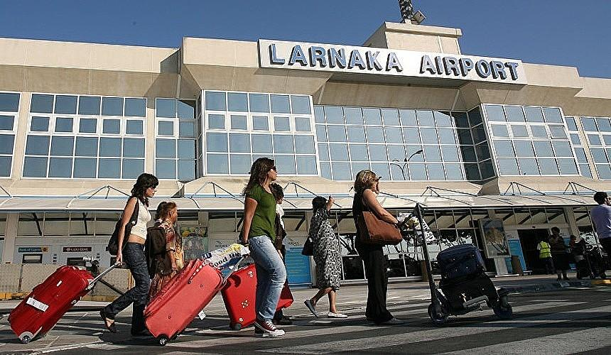Авиасообщение между Россией и Кипром может не восстановиться этим летом