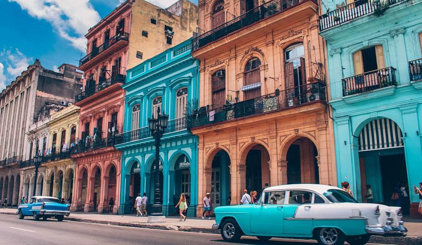 Куба планирует расширять авиасообщение с Россией