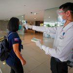 Вакцинированным туристам разрешили въезд в Евросоюз