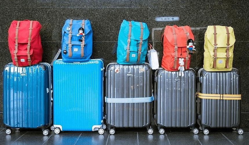 Проживающим за рубежом не надо приезжать в Россию за новым загранпаспортом