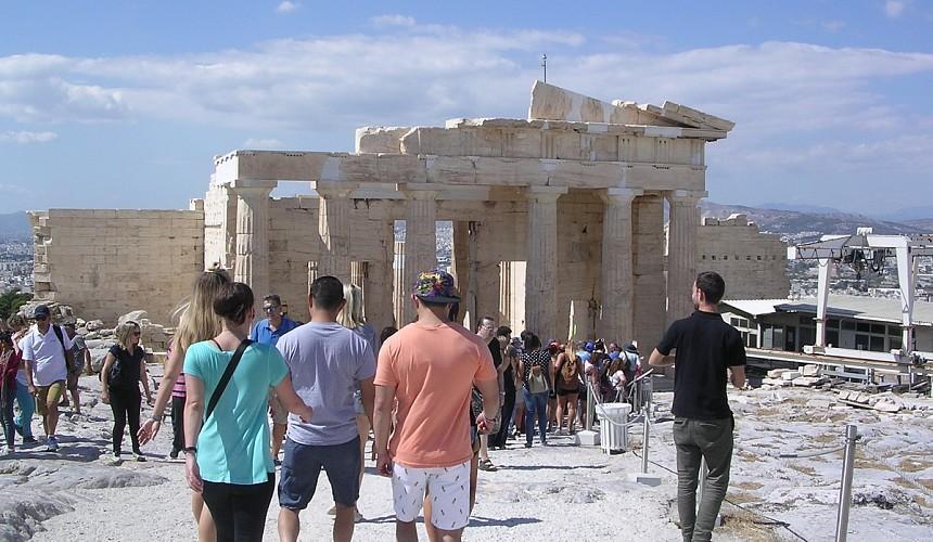 Греция сохранила действующие правила въезда для россиян