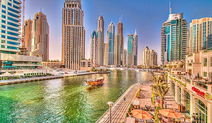 Отелям Дубая разрешили открыть все номера для туристов