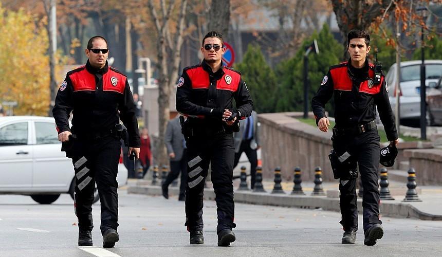 В Турции усилили контроль за соблюдением локдауна