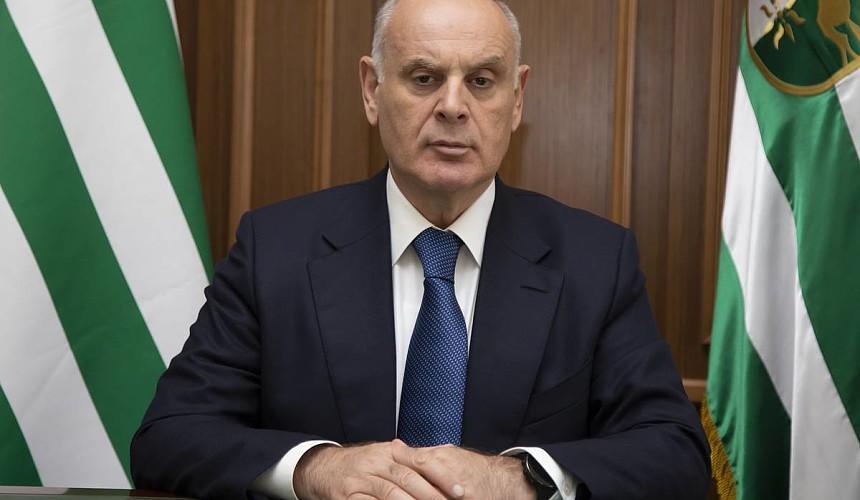 Глава Абхазии поручил отелям и санаториям создать службы безопасности