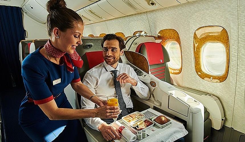 Авиабилеты бизнес-класса из Сочи в Москву продают за 3374 рубля