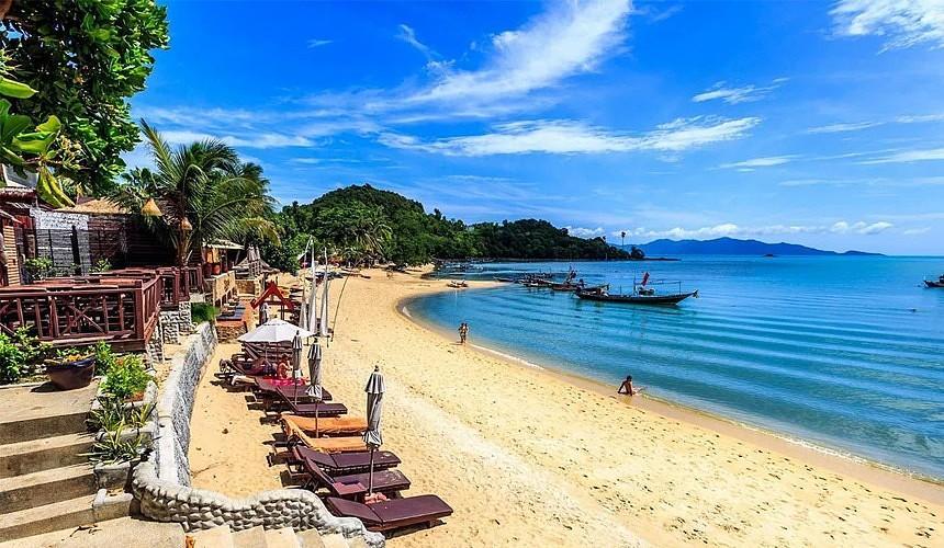 Таиланд откроет еще три острова для вакцинированных туристов