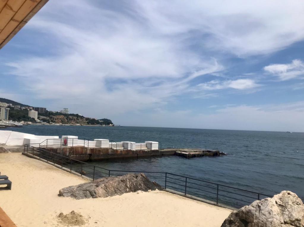 Обстановка в Крыму: как выглядят пляжи Ялты
