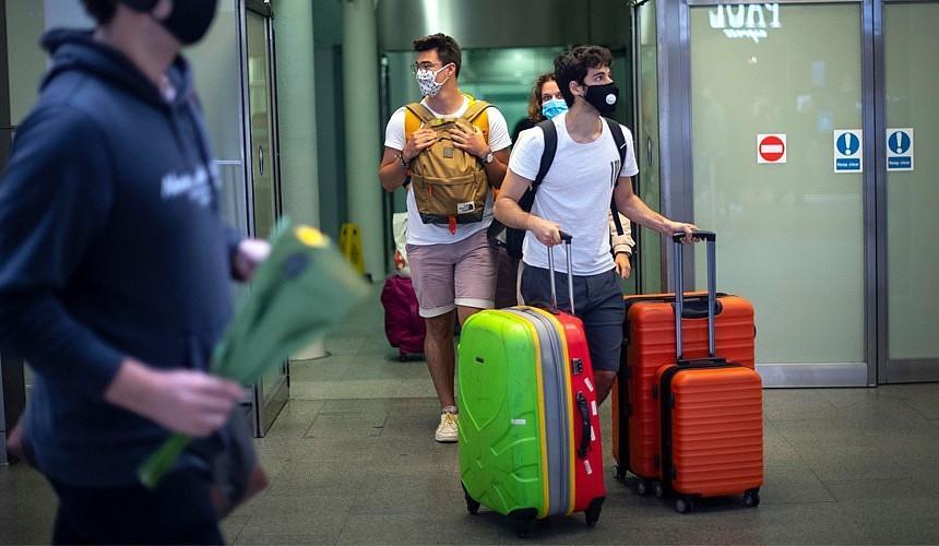 В какие заграничные аэропорты разрешены регулярные рейсы из России