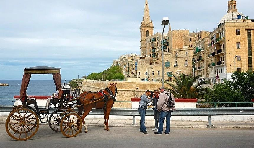 «Мы будем первыми»: Мальта закрывает въезд для непривитых