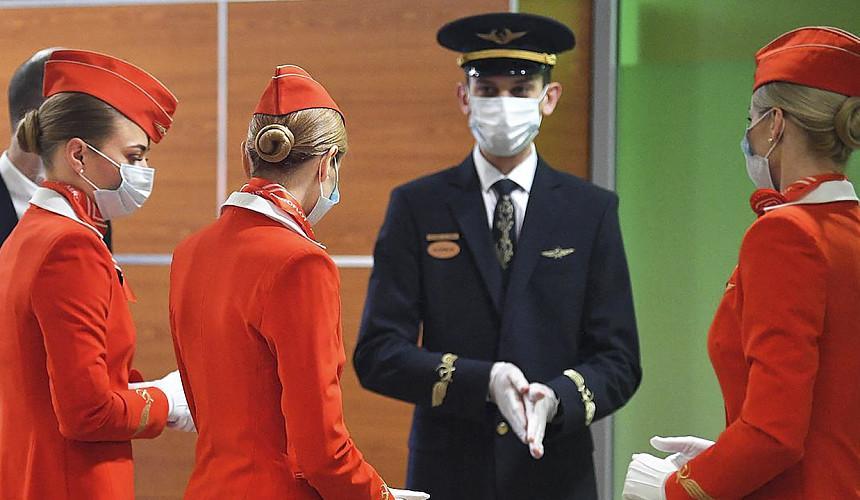 Российские пилоты попросили Мишустина одобрить иностранные вакцины от COVID-19