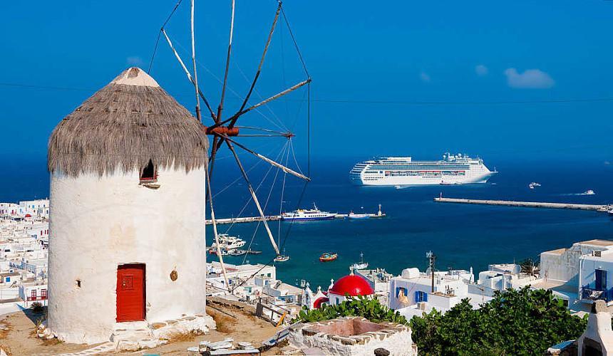 Туристы в Греции остаются без круизов из-за новых ограничений