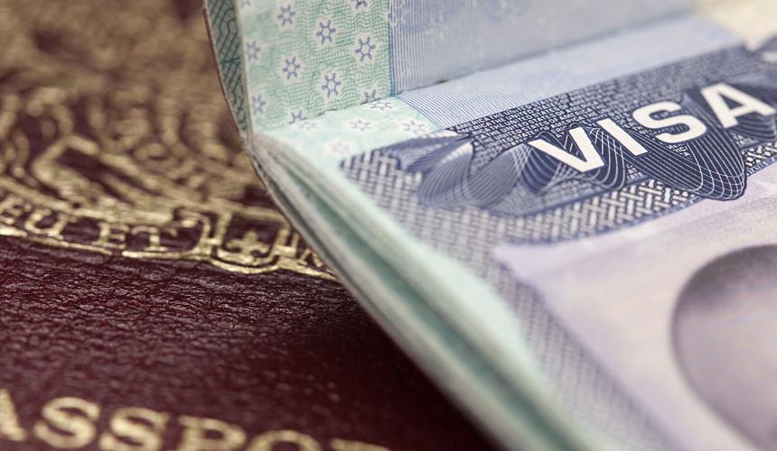 Венгрия упростила въезд для туристов, привитых не только «Спутником V»