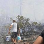 Рядом с Кемером в Турции вспыхнули пожары