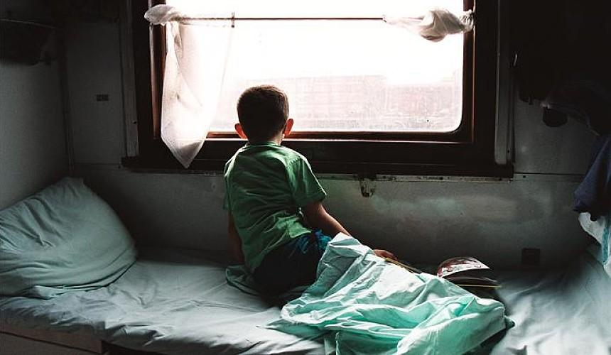 87 детей, ехавших на отдых в Адлер, отравились в поезде