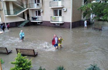 Последствия ливней в Анапе: повреждено более 20 отелей